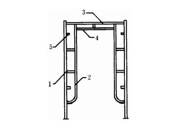 连接棒,挂扣式脚手板或水平架,锁臂等组成基本结构,再设置水平加固杆